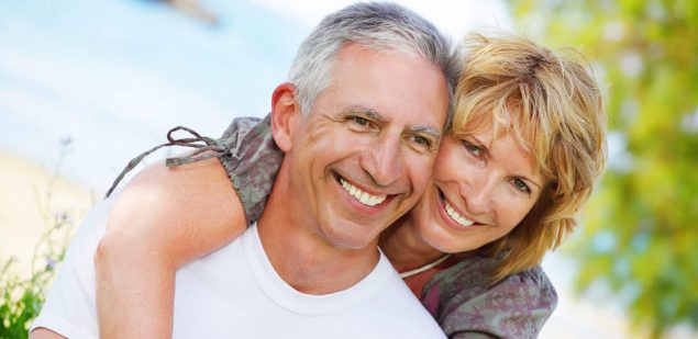 Wills & Trusts happy-couple Estate planning Direct Wills Shoreham Beach